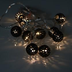 Elemes fekete metál gömb meleg fehér LED fényfüzér